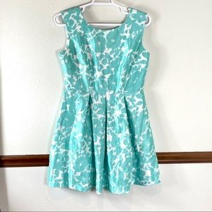 Danny and Nicole sleeveless floral dress size 14